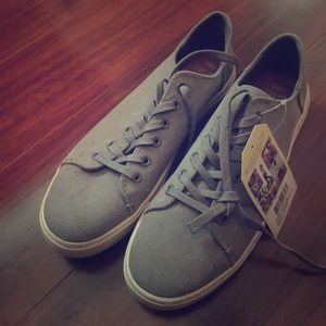 Toms canvas loafers